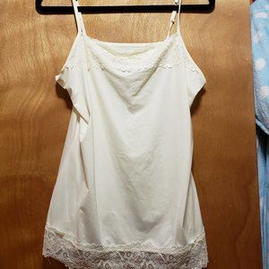 Cream White Camisole w/ Lace Detail on Top/Bottom